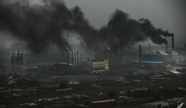 China orders two local governments to punish polluting steel mills