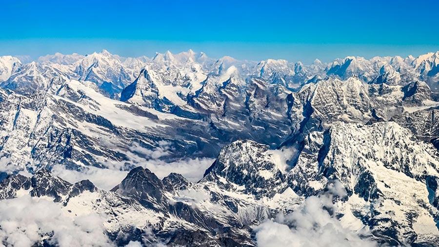 Huellas Químicas revelan la fuente del deshielo del Himalaya
