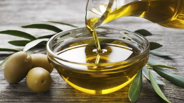 Not just crude: Glencore deals olive oil in tiny Madrid operation