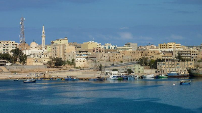 La Libye brûle du pétrole sale pour l'électricité alors que l'Etat islamique perturbe les plans d'approvisionnement en gaz
