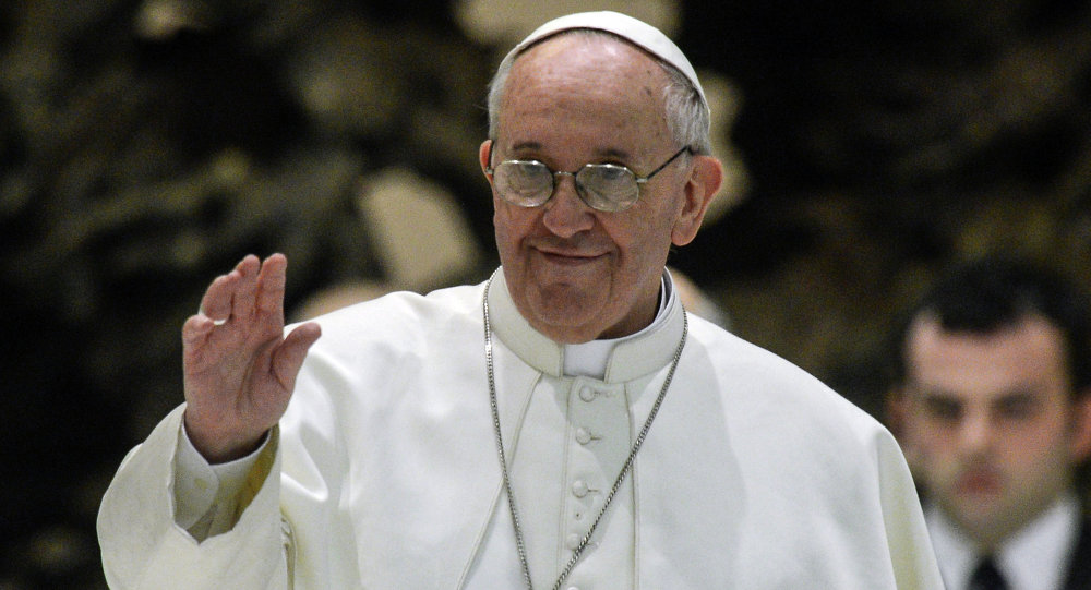 بابا الفاتيكان: على العالم التحول إلى الوقود النظيف