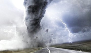 الاعصار فلورنس يقترب من الساحل الشرقي للولايات المتحدة