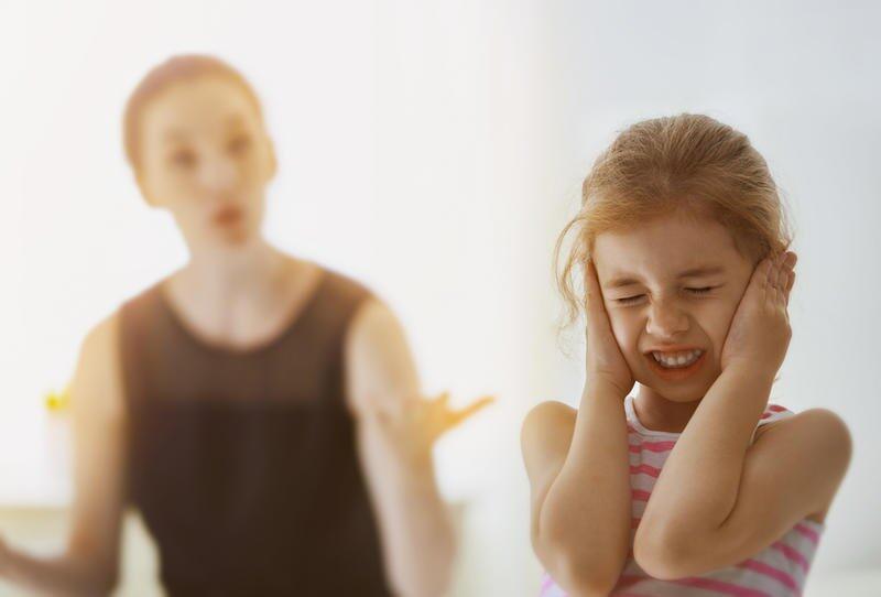 التربية بالإحساس بالذنب.. من أسوأ أساليب التربية