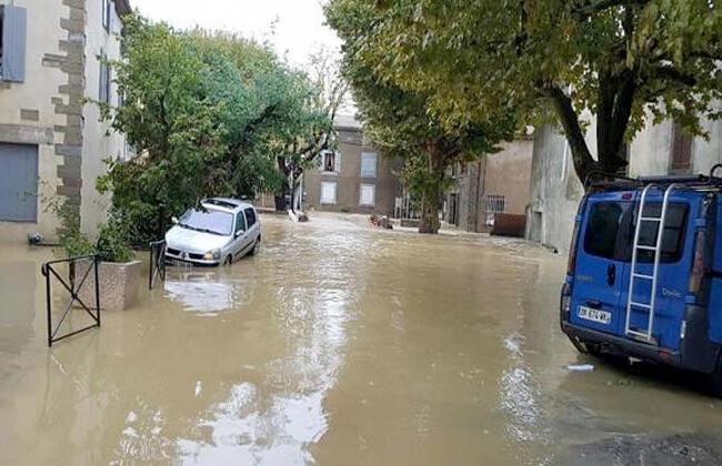 السيول تقتل 10 على الأقل بجنوب فرنسا