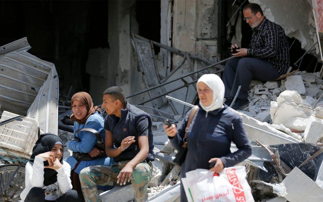 الحرب والعقوبات الإقتصادية تتسببان بإغتراب الإنسان السوري عن بيئته