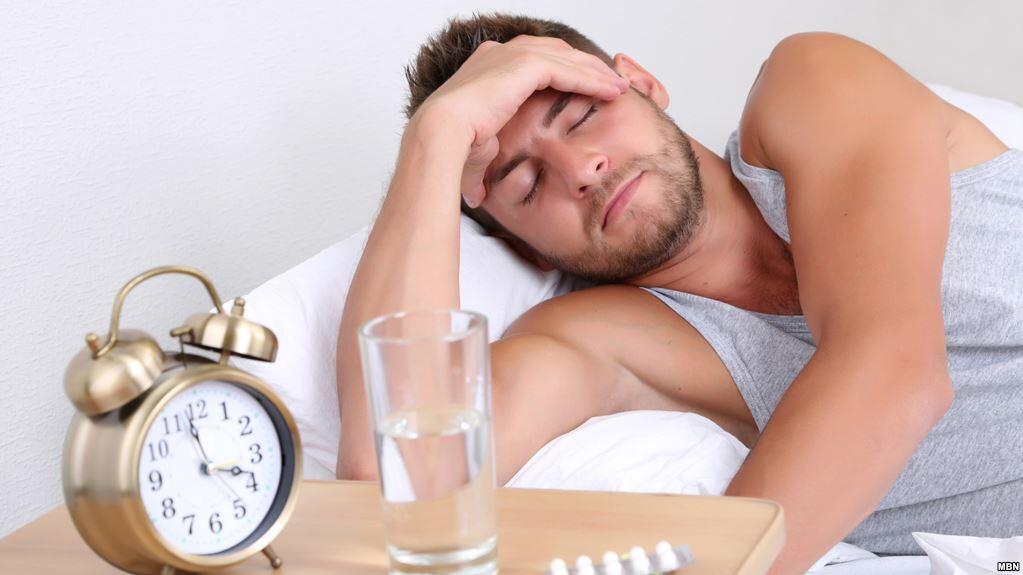 سبع ساعات لا تكفي للنوم اذا كنت تعمل بجد وانك تحتاج مابين 8 الى 10 ساعات لتقوم بكامل نشاطك وقادرا على العمل والعطاء