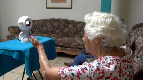 Evaluando el uso de robots para brindar asistencia a adultos mayores