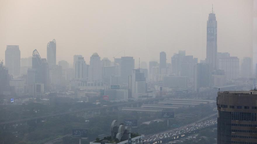 تلوث الهواء يغلق مدارس بانكوك حتى نهاية الأسبوع