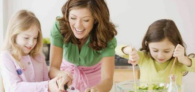 نصائح لتنشئة ابنة كاملة الثقة بنفسها