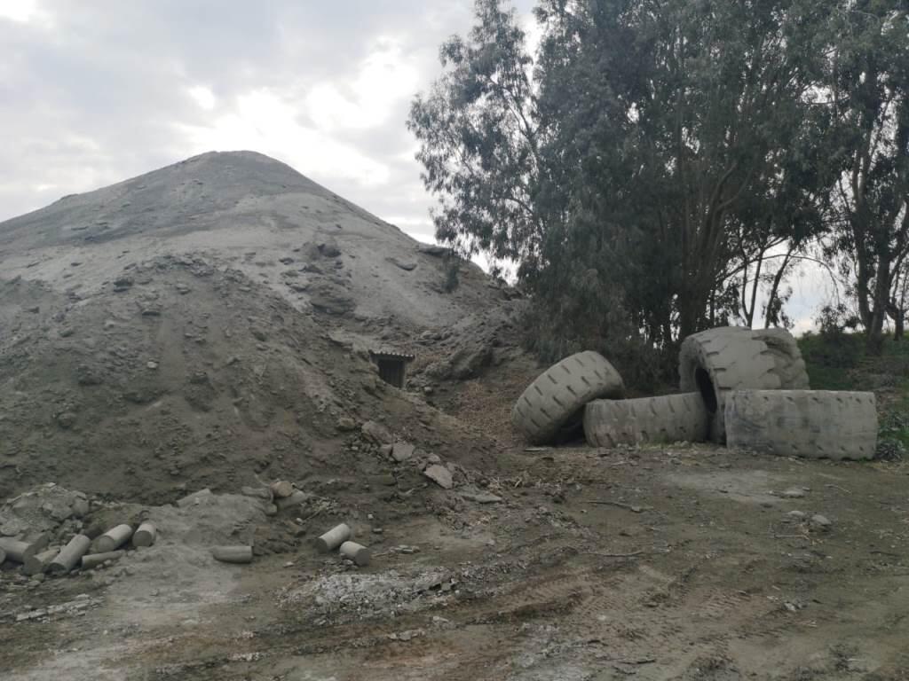 لجنة كفرحزير البيئية تطالب الحكومة بالاستقالة في حال اعطاء مهل لتغطية عمل مقالع مصانع الاسمنت
