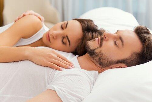 Beneficios que el sexo le aporta a tu salud