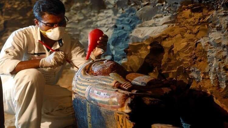 أسنان مصرية عمرها 4 آلاف عام تكشف عن ممارسة النساء مهنة مدهشة!