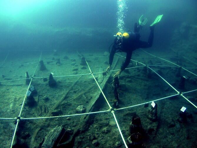 Estudian las sociedades neolíticas en el yacimiento subacuático de La Marmotta, cerca de Roma