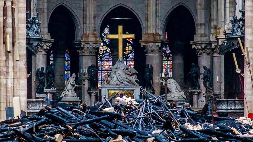 """اقتراح هندسي فرنسي بتحويل كاتدرائية """"نوتردام"""" إلى مبنى """"صديق للبيئة"""""""