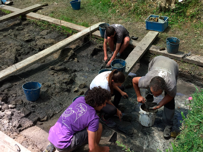 Se cierra una nueva campaña de excavaciones en el yacimiento arqueológico de La Draga de Banyoles