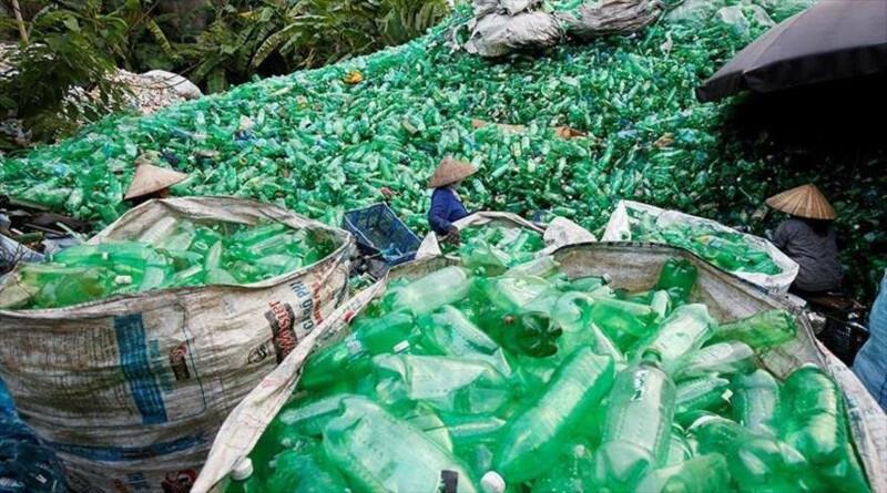 Científicos descubren método para convertir plástico no reciclable en energía