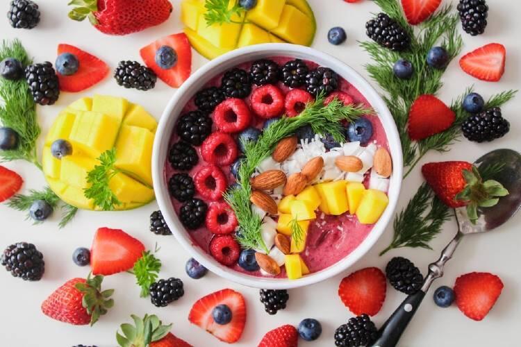 Los beneficios de comer alimentos crudos