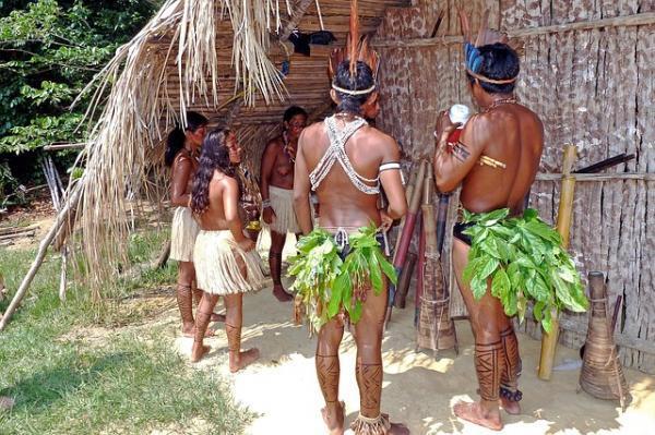 En su Día, los Pueblos Indígenas, todavia bajo amenazas.