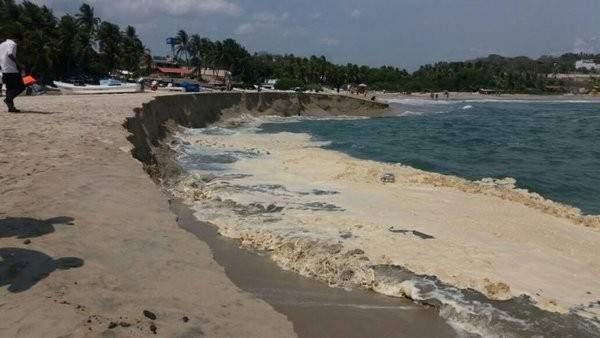 """تفسير علمي لظاهرة غرق الشاطئ """"النادرة"""""""