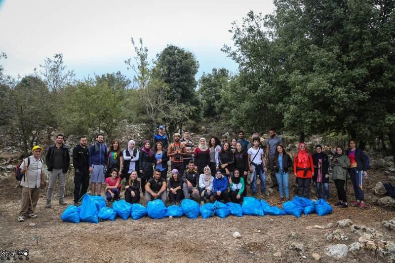 حملة نظفنا وراك: جمع أكثر من 300 كيلوغرام من خراطيش الصيد الفارغة خلال رحلة مشي في عكار