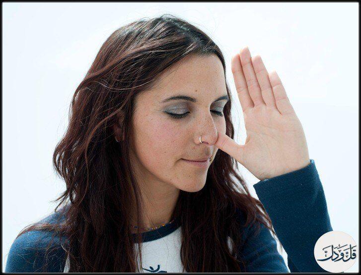 85% من الناس يتنفسون من خلال فتحة انف واحده فقط