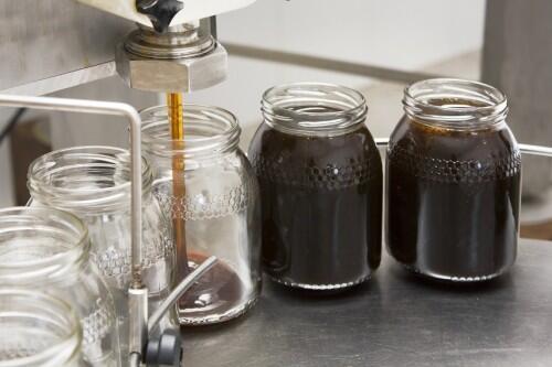 Una empresa catalana desarrolla una innovadora tecnología para procesar miel, sin comprometer su calidad ni nutrientes