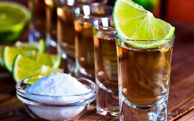 Química para detectar tequilas adulterados
