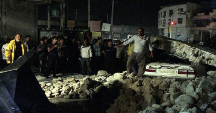تقارير: مقتل أربعة وإصابة 70 بسبب زلزال في شمال غرب إيران