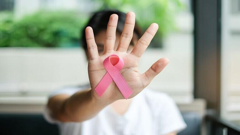 اكتشاف ثوري يحدد ما يزيد فرص إصابة النساء بسرطان الثدي
