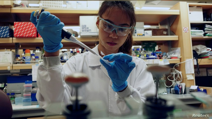 الولايات المتحدة تسمح للمستشفيات باستخدام كلوروكين لعلاج كوفيد-19