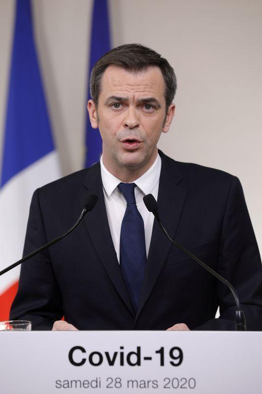 وزير الصحة: فرنسا لم تبلغ ذروة وباء كوفيد-19 بعد