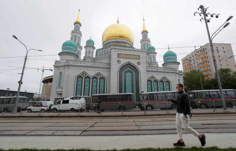 وفيات كورونا في روسيا تتجاوز أربعة آلاف