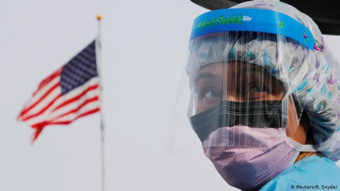 الولايات المتحدة تتجاوز الـ3 ملايين اصابة بكورونا