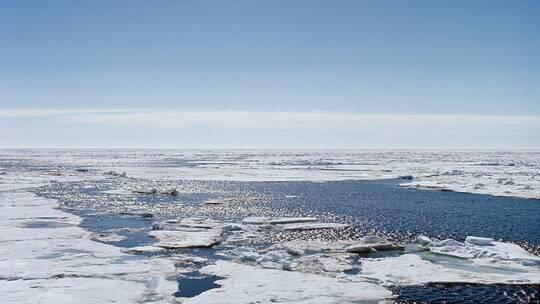 """الخبراء يتوقعون تشكل """"قبة حرارية"""" فوق القطب الشمالي"""