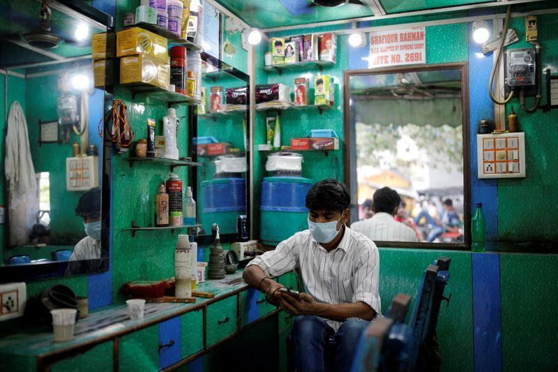 ارتفاع عدد حالات الإصابة بكورونا في الهند إلى 3.6 مليون حالة