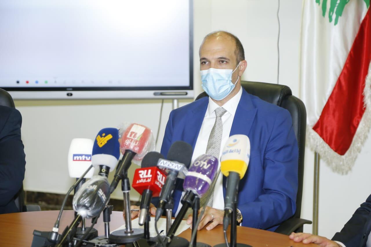 وزير الصحة تواصل مع وزيرة الاعلام وكشف عن هبة من لقاح سينوفارم الصيني ستخصص للإعلاميين والجيش والموظفين