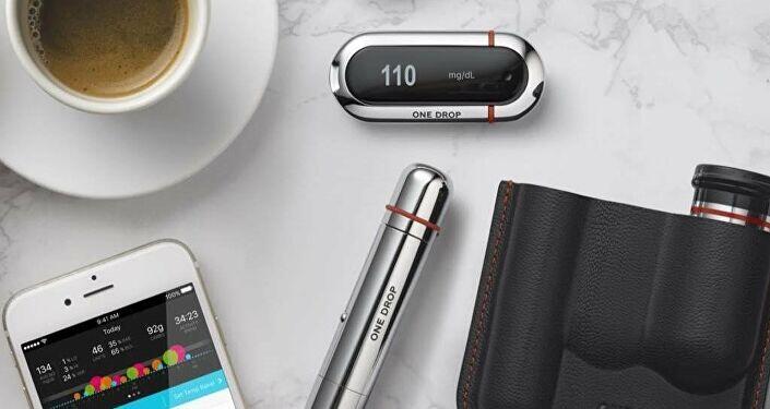 تطوير أول جهاز قابل للإرتداء يراقب نسبة السكر في الدم باستمرار