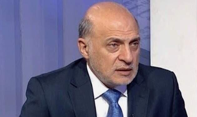 خوري: اوصينا بإقفال البلاد لمدة 3 اسابيع للحد من انتشار الكورونا