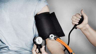 """خمسة مكملات """"طبيعية"""" يمكنها رفع مؤشر ضغط الدم!"""
