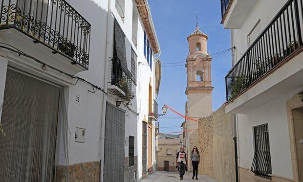 A long way from Benidorm: rural regeneration in south-east Spain