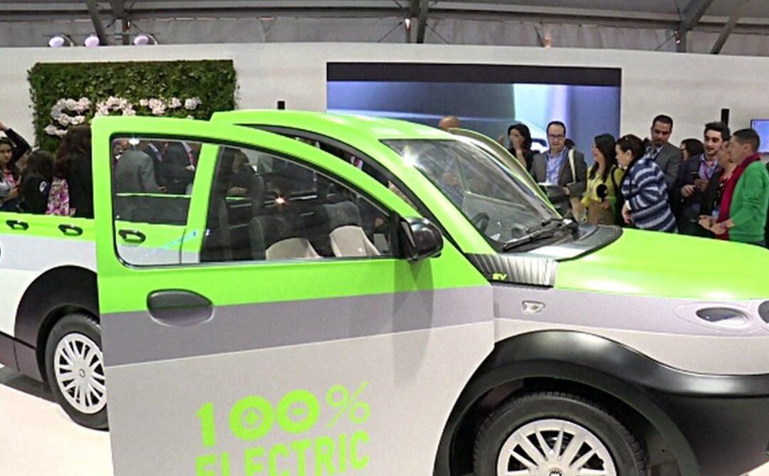 سيارة كهربائية هدية المغرب لمؤتمر المناخ… وزرع مليون غرسة في يوم واحد