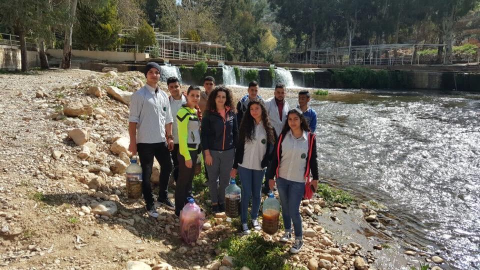 """""""الإنزيم البيئي"""" لمعالجة تلوّث نهر الحاصباني"""