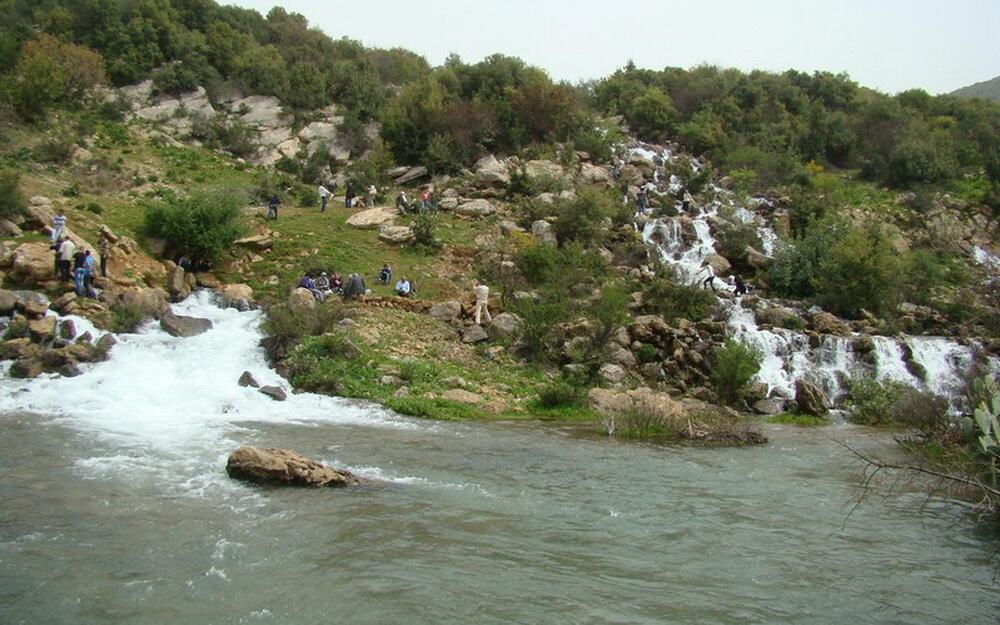 """""""نبع سريد"""" في بلدة الماري… ثروة مائية على طريق الجفاف"""