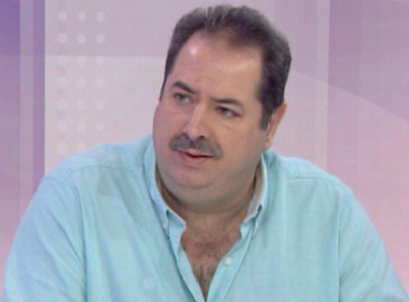 الخبير الاقتصادي حسن مقلد يقدم عرضاً تفصيلياً عن اسباب الأزمة في لبنان