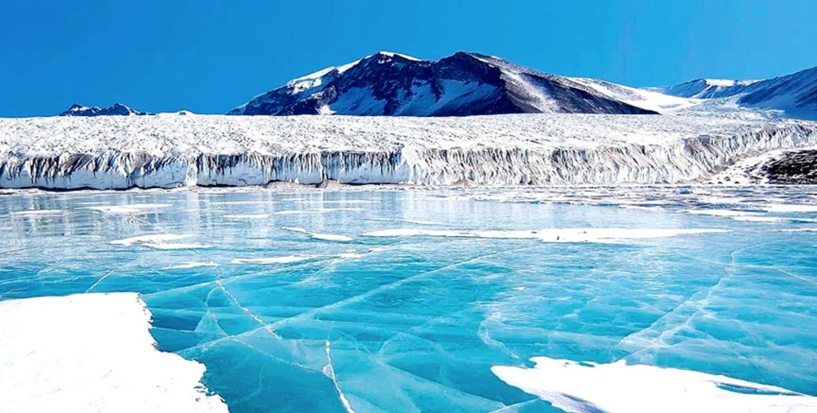 Les secrets du lac Vostok en Antarctique, un monde souterrain à 4 000 mètres de profondeur