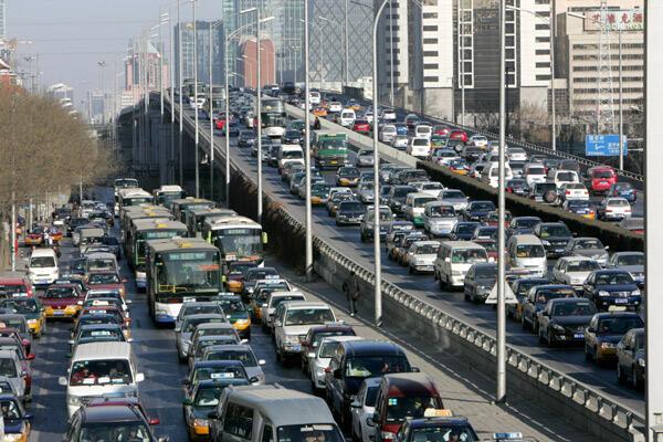 وسائل النقل العام ..  تنتج 23٪ من إنبعاثات ثاني أكسيد الكربون