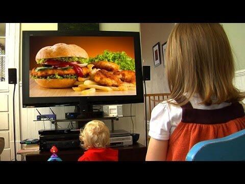 الإعلانات التجارية  ترفع خطر الأمراض للأطفال… العديد من الدول تمنعها