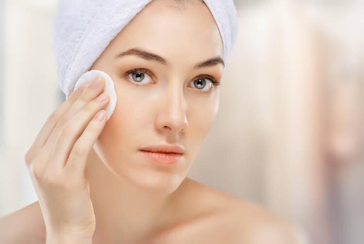 Aguas naturales que le devolverán la vitalidad a tu piel