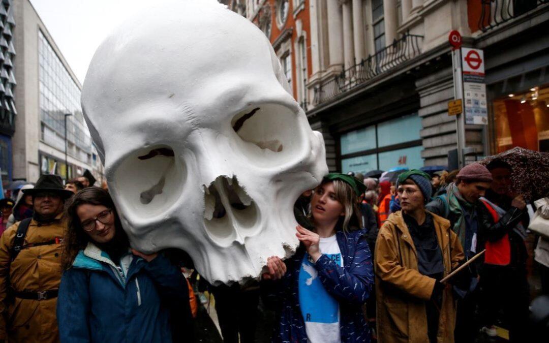 علماء يتبنون حملة عصيان مدني لحمل الحكومات على مواجهة تغير المناخ