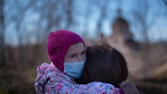 أعراض لفيروس كورونا لدى الأطفال تسترعي الانتباه